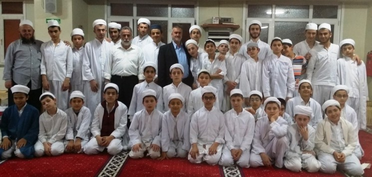 Eyüp Havuzbaşı Yeşil Camii Kur'an Kursu 7 Yaşında