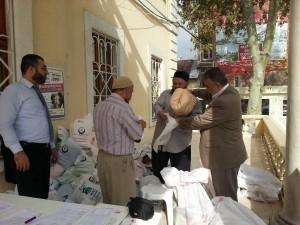Hak-Bir-Sen Fatih Müftülüğü Önünde Stant Kurarak Tüm Görevlilere Tanıtım Yaptı ve Hediyeler Dağıttı